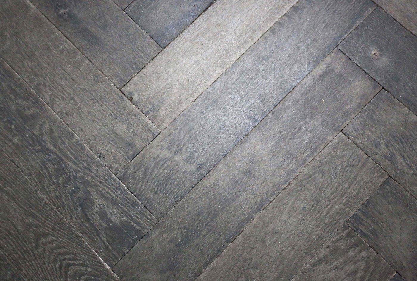 Antiek Visgraat Parket : Manoir de opkamer antieke vloeren en schouwen